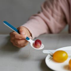 tak KIDS DISH cutlery スプーン ネイビー   キッズディッシュ カトラリー  食器 子供用 キッズ 食器洗い乾燥機使用可  耐冷・耐熱  BPA・LEAD フリー  食洗機