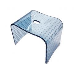5%OFFクーポン対象商品 送料無料 トライアングル バスチェア Mサイズ(高さ:約25cm) ブルー メタクリル 一体成型 丈夫 高級感 おしゃれ クーポンコード:V6DZHN5