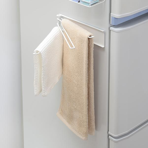 5%OFFクーポン対象商品 布巾掛け 3連 マグネット式 Blance ブランス ふきんハンガー( ふきん掛け タオルハンガー フキン掛け 布巾ハンガー フキンハンガー タオルバー タオル掛け マグネット 磁石 冷蔵庫横 壁面収納 白 ) クーポンコード:V6DZHN5