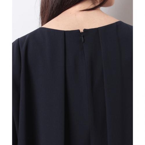 ラッフルスリーブドレス