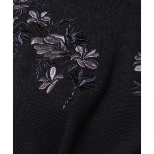 フラワー刺繍使いミラノリブトップス