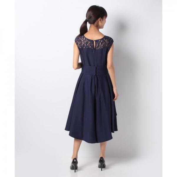 ニュアンスドレープドレス