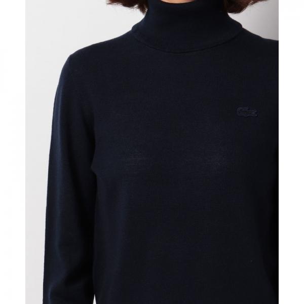 ヘリンボーンタートルネックセーター