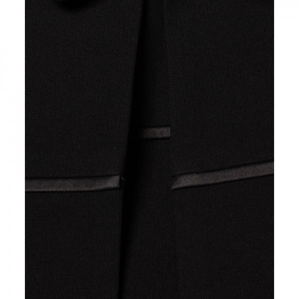 【オールシーズン・ブラックフォーマル・喪服・礼服・葬式・卒業式】ステンカラージャケットと胸ヨーク切替ワンピースのセットスーツ(アンサンブル)