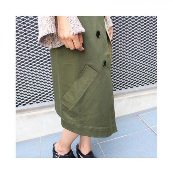 トレンチ×プリーツドッキングスカート
