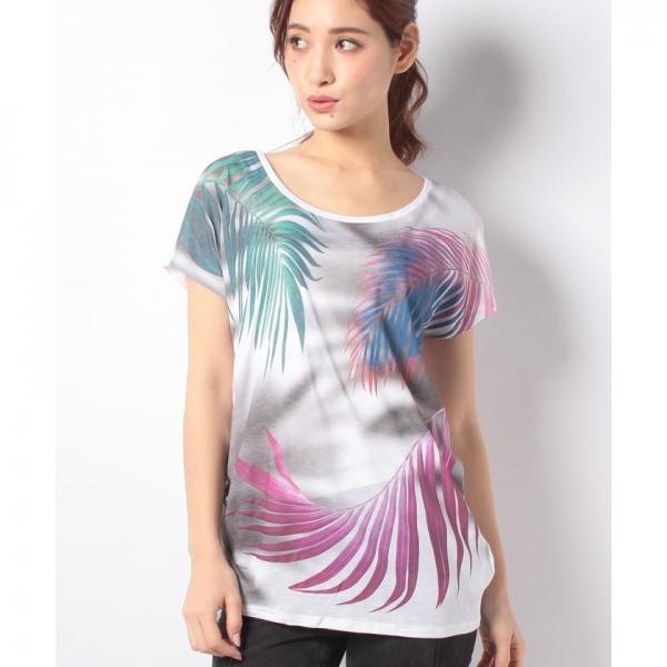 リーフプリントサイドギャザーフレンチTシャツ・カットソー