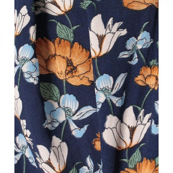 花柄スキッパーブラウス