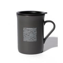 ロゴ柄蓋付きマグカップ