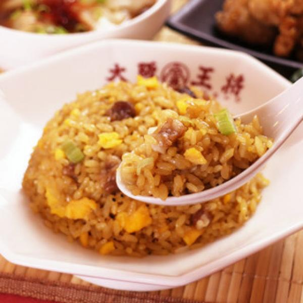 【送料無料】LOHACO限定!大阪王将 餃子・炒飯食べ比べセット