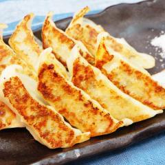 鶏しそ餃子12個入(特製赤穂の塩付き)