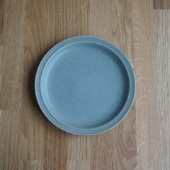 【Tポイント10倍】Bread and Rice (パンとごはんと...) 美濃焼 山イ窯 セラドングリーンの陶器 プレートL 直径23.3cm