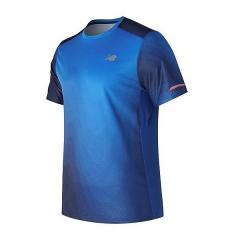 New Balance(ニューバランス)ランニング メンズ半袖Tシャツ NB ICE ショートスリーブグラフィックTシャツ AMT71224ITR メンズ インフラレッド/チームロイヤルマルチ