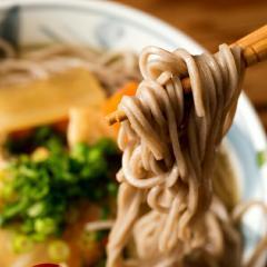 【送料無料】<ゆうパケット>さぬき麺心 生そば 180g×4セット(合計8食分)
