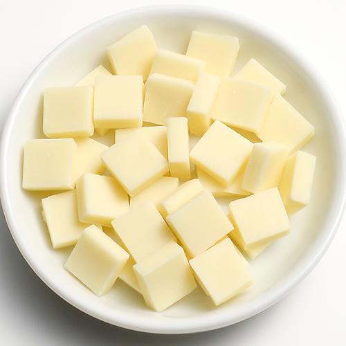 【冷蔵便】クーベルチュールフレーク(ホワイト) / 200g TOMIZ/cuoca(富澤商店) チョコレート ホワイト