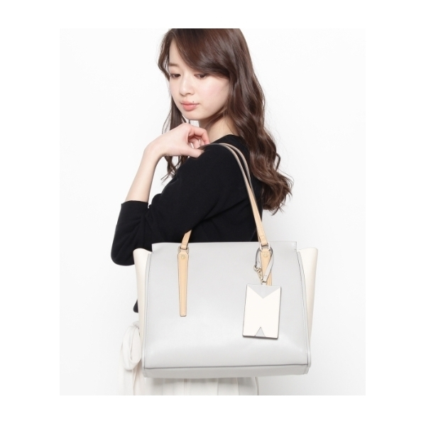 ◆パスケース付き配色トートバッグ