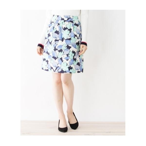 シャンタンフラワータイトスカート