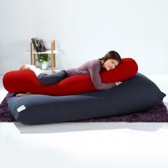【1~3営業日で出荷】Yogibo Roll Max(ロールマックス) - レッド / ヨギボー ロール マックス / 抱き枕 / マタニティ / ビーズクッション【受注生産品】【分納の場合あり】