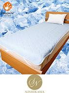 「熱帯夜対策!冷感素材寝具と抗菌防臭のポリジン加工による快適な寝心地をお届けするコンビネーション寝具。