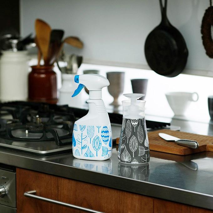 【ロハコ限定デザイン】本体2種セット!カビキラー アルコール除菌 キッチン用 本体 + 食卓用