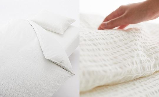 サッカー織の寝具